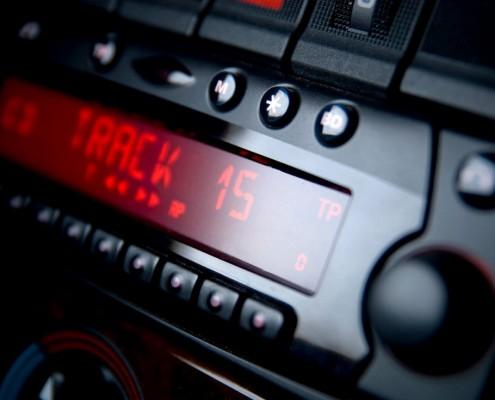 Autoradio einbauen Tasten Track 15