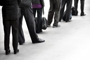 Kennzeichen-Reform Personen Warteschlange