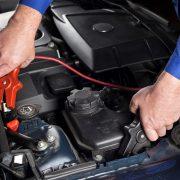 Starthilfe geben Kabel Motor